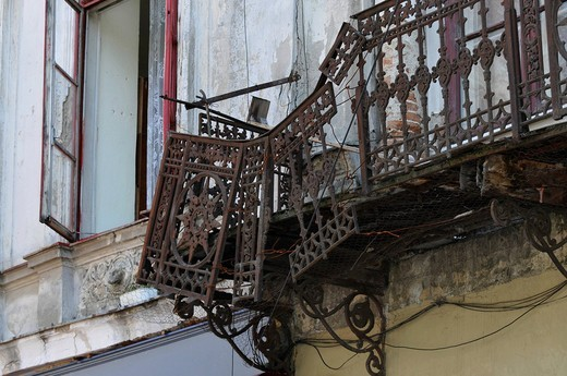 Stock Photo: 1848-483116 Decaying balcony in the Strada Franceza, Bucharest, Romania, Europe