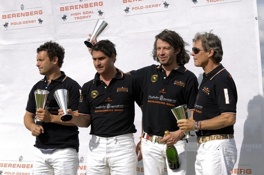 Lucas Labat, Martin Podesta, Sebastian Schneeberger, Dr. Piero Diller, from left, Team Berenberg with trophies, polo, polo players, polo tournament, Berenberg High Goal Trophy 2009, Thann, Holzkirchen, Upper Bavaria, Bavaria, Germany, Europe : Stock Photo