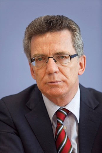 Stock Photo: 1848-487444 Dr. Thomas de Maiziere, federal minister of the Interior, federal press conference, Berlin, Germany, Europe