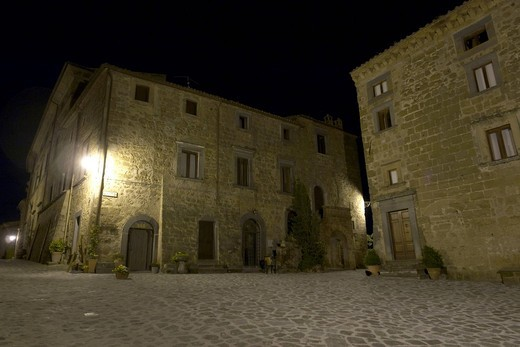 Stock Photo: 1848-487526 Old medieval houses in Piazza San Francesco, by night, at Civita di Bagnoregio, province of Viterbo, Latium, Italy, Europe