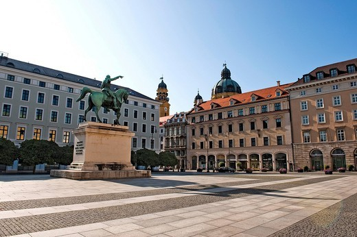 Wittelsbacherplatz square, equestrian statue of Maximilian I, Elector of Bavaria, Theatine Church at the back, Munich, Bavaria, Germany, Europe : Stock Photo