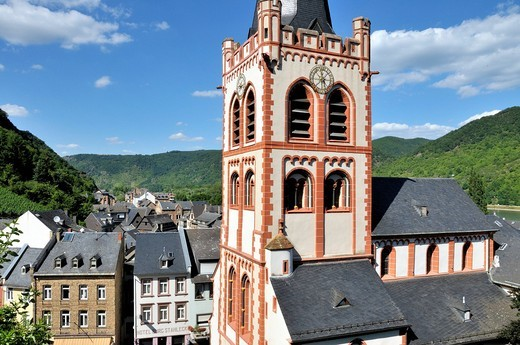 St. Peter´s Church in Bacharach, UNESCO World Heritage Site, Upper Middle Rhine Valley, Bacharach, Rhineland Palatinate, Germany, Europe : Stock Photo