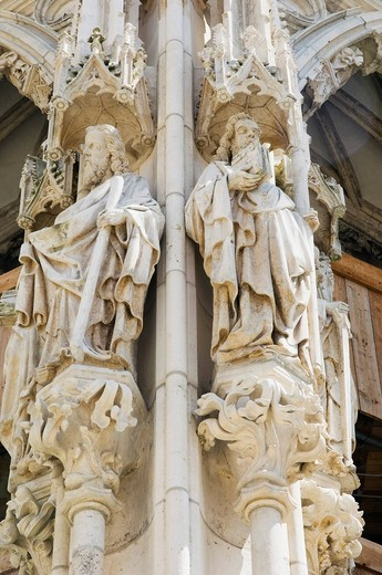 Saint sculptures, Regensburg Cathedral, UNESCO World Heritage Site, Regensburg, Upper Palatinate, Bavaria, Germany, Europe : Stock Photo
