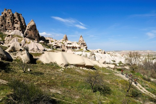 Stock Photo: 1848-492938 Mountain bikers in the Rose Valley, Uchisar, Goereme Valley, Cappadocia, Turkey, Western Asia