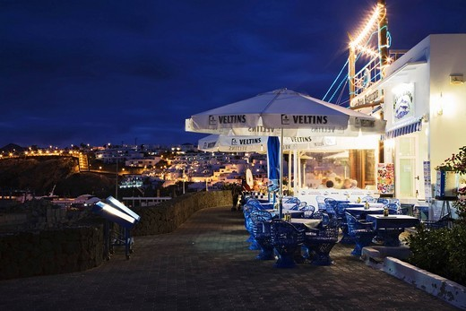 Stock Photo: 1848-493320 Restaurant on the promenade in Puerto del Carmen, Lanzarote, Canary Islands, Spain, Europe
