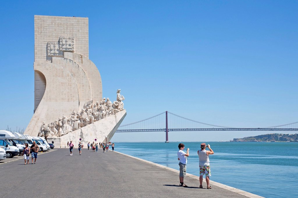 Stock Photo: 1848-495379 Padrão dos Descobrimentos, Monument to the Discoveries, Belém, Lisbon, Portugal, Europe