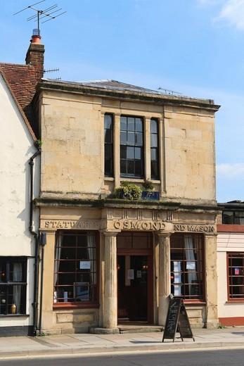 Osmond statuary and mason, St John Street, Salisbury, Wiltshire, England, United Kingdom, Europe : Stock Photo