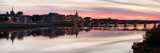Pont Cessart Bridge reflecting in the Loire River, Saumur, Pays de la Loire, department of Maine et Loire, France, Europe : Stock Photo