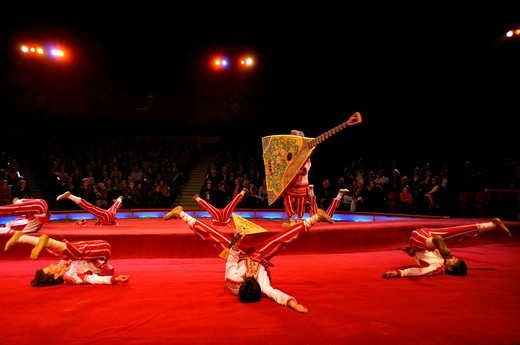 Acrobatic circus troupe, Troupe Mayorov, Circus Krone, Munich, Bavaria, Germany, Europe : Stock Photo