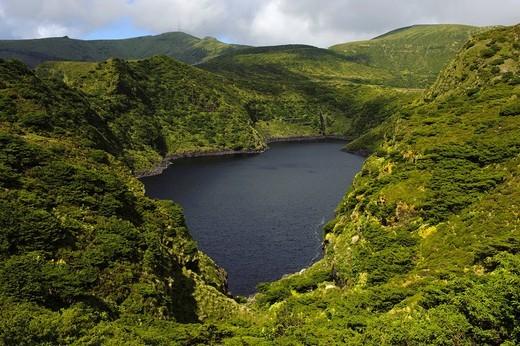 Stock Photo: 1848-497210 Caldeira Comprida crater lake, Lagoa Comprida on the island of Flores, Azores, Portugal