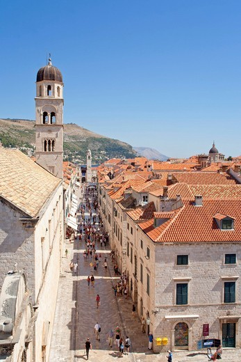 Main boulevard Stradun in the historic town of Dubrovnik, Southern Dalmatia, Adriatic Coast, Croatia, Europe : Stock Photo