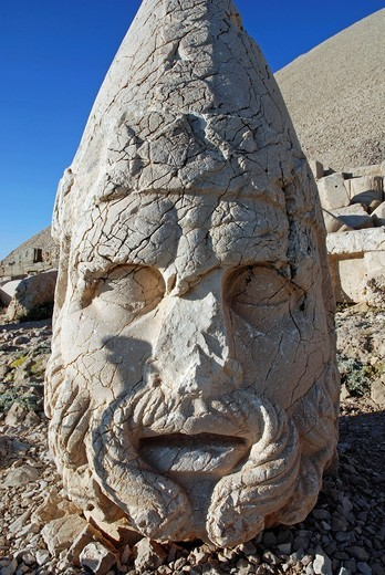 Stock Photo: 1848-499554 Tomb_sanctuary Nemrut Dagi, Anatolia, Turkey