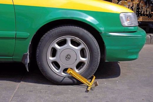 Wheel clamp, Bangkok, Thailand, Asia : Stock Photo