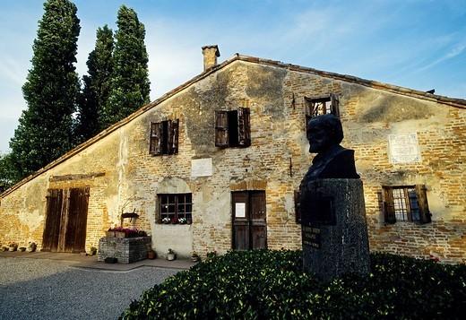 House of Giuseppe Verdi´s birth, Roncole, Busseto, province of Parma, Emilia_Romagna, Italy, Europe : Stock Photo