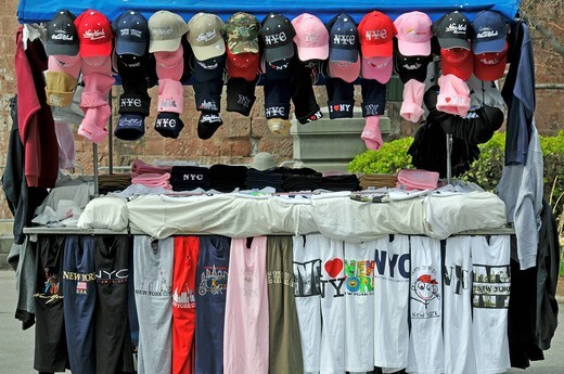 Stock Photo: 1848-501912 Souvenir shop in Manhattan, New York City, USA