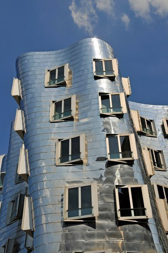 Stock Photo: 1848-502075 Buildings designed by Frank Gehry, Duesseldorf, North Rhine_Westphalia, Germany, Europe