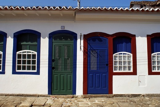 Fassade in the baroque center of Paraty, Brazil : Stock Photo