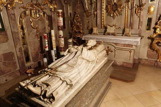 Stock Photo: 1848-529334 Tomb of St. Ulrich in the crypt of the Basilica of St. Ulrich and Afra, Augsburg, Schwaben, Bavaria, Germany, Europe