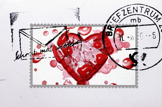 Stock Photo: 1848-532253 Stamped stamp with a broken heart