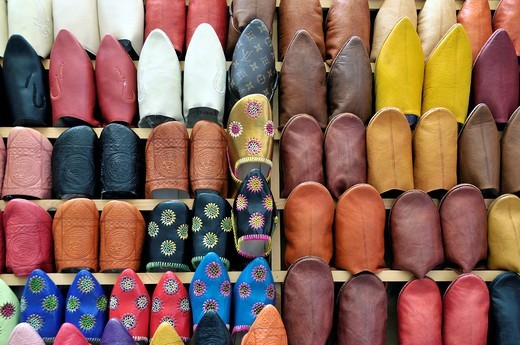Stock Photo: 1848-535735 Babusch, traditional Moroccan slippers, souk in Fez, Morocco, Africa