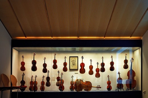 Stock Photo: 1848-536241 Exhibition room, display case with string instruments, Geigenbaumuseum violin museum, Ballenhausgasse 3, Mittenwald, Upper Bavaria, Bavaria, Germany, Europe