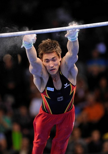 Philipp Boy, GER, missing a grip on the horizontal bar, EnBW Gymnastics World Cup 2010, 28th DTB_Cup, Stuttgart, Baden_Wuerttemberg, Germany, Europe : Stock Photo