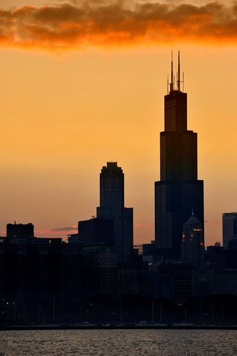 Evening mood, sunset, Willis Tower, formerly named Sears Tower and renamed in 2009, 311 South Wacker Drive skyscraper, skyline, Lake Michigan, Chicago, Illinois, United States of America, USA : Stock Photo