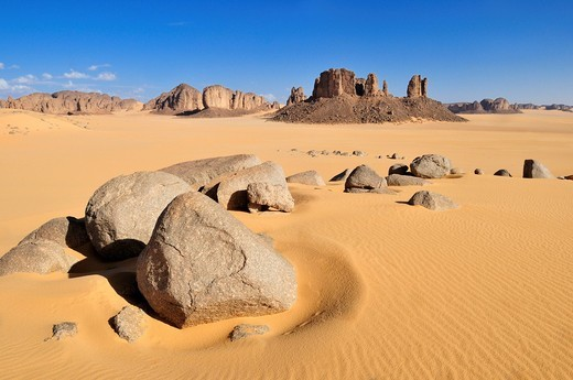 Stock Photo: 1848-537791 Tassili n´ Ajjer National Park, Tikobaouine Region near Erg Admer, Wilaya Illizi, Algeria, Sahara, North Africa, Africa