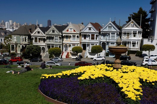 Painted Ladies on Alamo Square, San Francisco, California, USA, North America : Stock Photo