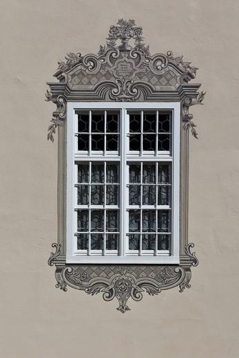 Window in the historic town centre, Mindelheim, Swabia, Unterallgaeu district, Bavaria, Germany, Europe : Stock Photo