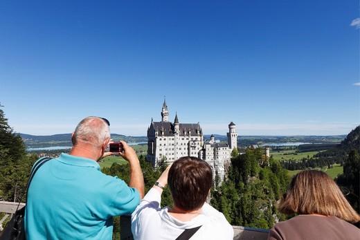 View from Mary´s Bridge, Schloss Neuschwanstein Castle, Ostallgaeu, Allgaeu, Schwaben, Bavaria, Germany, Europe : Stock Photo
