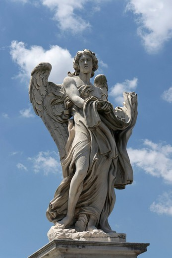 Angel with the garment and dice, by Paolo Naldini, one of the ten statues of angels with symbols of the Passion, design by Bernini, Ponte Sant´Angelo, Rome, Latium, Italy, Europe : Stock Photo