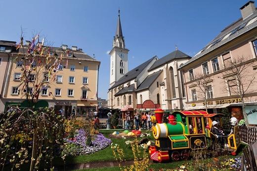 Rathausplatz Square, St. Jakob parish church, easter market, Villach, Carinthia, Austria, Europe : Stock Photo