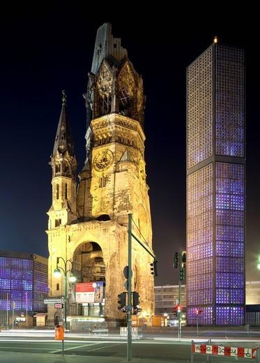 Stock Photo: 1848-543683 Kaiser Wilhelm Memorial Church, Breitscheidplatz, Charlottenburg, Berlin, Germany, Europe