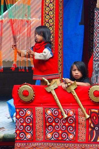Stock Photo: 1848-544182 Children during sacrificial ceremony, Toraja culture, Sulawesi, Indonesia, Asia