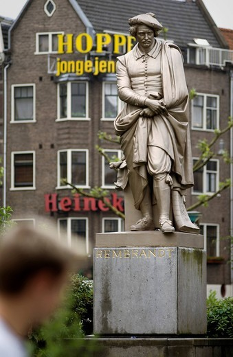 Sculpture of Rembrandt on Rembrandtplein square, Amsterdam, Netherlands, Europe : Stock Photo