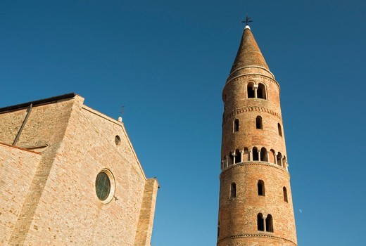 Stock Photo: 1848-548363 Romanesque Cathedral of St. Stephen, or Duomo, with cylindrical bell tower, Campanile, Caorle, Veneto, Italy, Europe