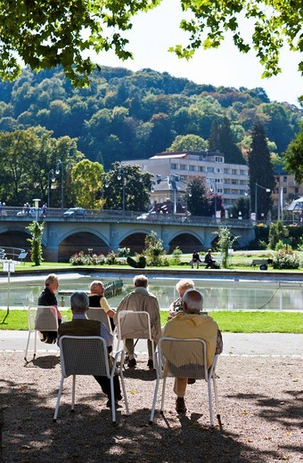 Stock Photo: 1848-548401 Pensioners sitting in the Kurpark garden, Rosengarten garden, Bad Kissingen, Lower Franconia, Bavaria, Germany, Europe