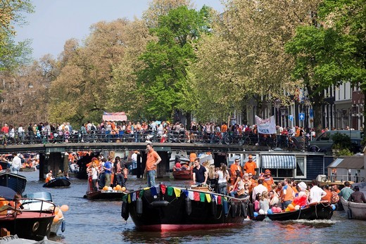 Queens Day celebrations, 30th April 2009, Prinsengracht, Amsterdam, Holland, Netherlands, Europe : Stock Photo