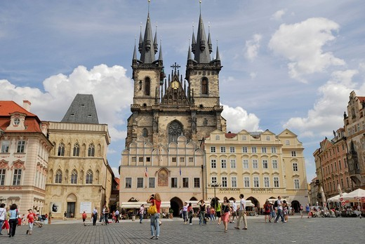 Stock Photo: 1848-550115 Tyn Church, Old Town Square, Prague, Czech Republic, Europe