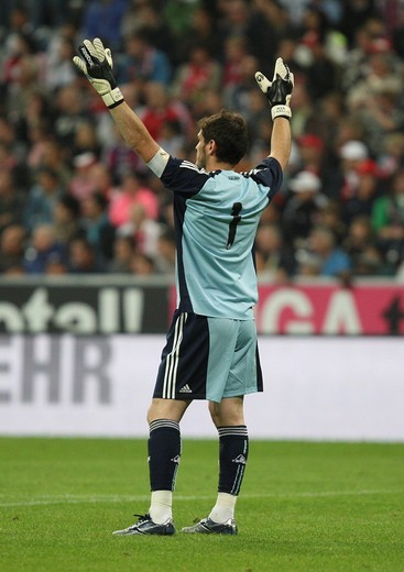 Stock Photo: 1848-550291 Cheering Real Madrid goalkeeper Iker Casillas, Franz Beckenbauer farewell match, FC Bavaria Munich v. Real Madrid at the Allianz Arena, Munich, Bavaria, Germany, Europe