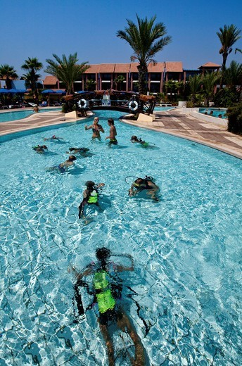 Stock Photo: 1848-551281 Diving course for children in the swimming pool, Club Aldiana, Southern Cyprus, Cyprus, Europe