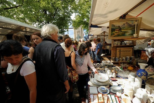Flea market, Strasse des 17. Juni street, most well known and traditional flea market of Berlin, Charlottenburg district, Berlin, Germany, Europe : Stock Photo