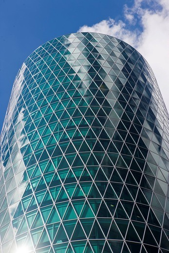 Office building to the Westhafen Tower of the OFB, designed by the architects Schneider + Schumacher and OFB project development GmbH, won the German Urban Development Prize in 2004, Westhafenplatz square, Frankfurt am Main, Hesse, Germany, Europe : Stock Photo