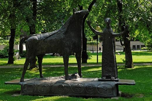 Bronze sculpture, Man and Horse, by Prof. Heinrich Kirchner, Salingarten, Rosenheim, Upper Bavaria, Bavaria, Germany, Europe : Stock Photo