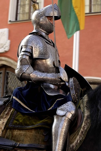 Stock Photo: 1848-553549 Knight in armour at the Saint George horse parade, Traunstein, Upper Bavaria, Germany, Europe