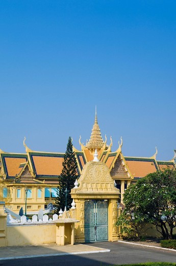 Stock Photo: 1848-553582 Entrance to the royal residence in the Royal Palace, Phnom Penh, Cambodia, Indochina, Southeast Asia, Asia
