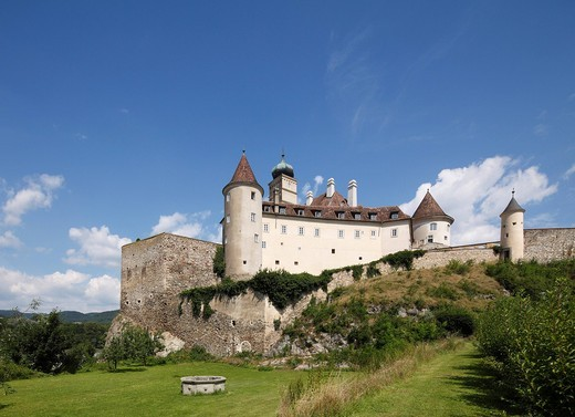 Schoenbuehel Castle, Wachau, Mostviertel quarter, Lower Austria, Austria, Europe : Stock Photo