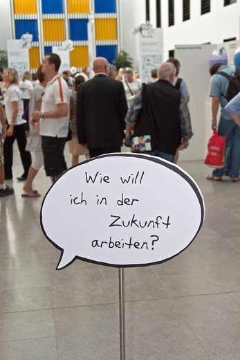 Speech bubble Wie will ich in der Zukunft arbeiten, German for How do I want to work in the future, open day, Federal Ministry of Labour and Social Affairs, Berlin, Germany, Europe : Stock Photo