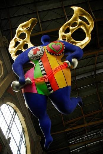 Angel, piece of art by Niki de Saint Phalle, in the main station of Zurich, Switzerland, Europe : Stock Photo